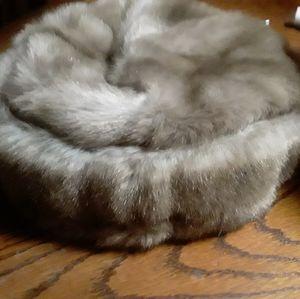 Vintage furry pillbox hat